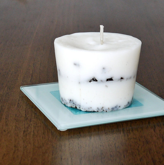 Coffee Gounds Candle + 49 More DIY Gift Ideas for Christmas