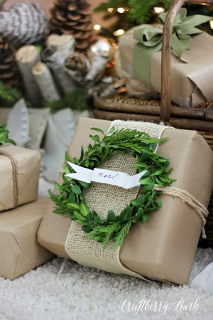 Five Stunning Ways to use Burlap for Wrapping Gifts