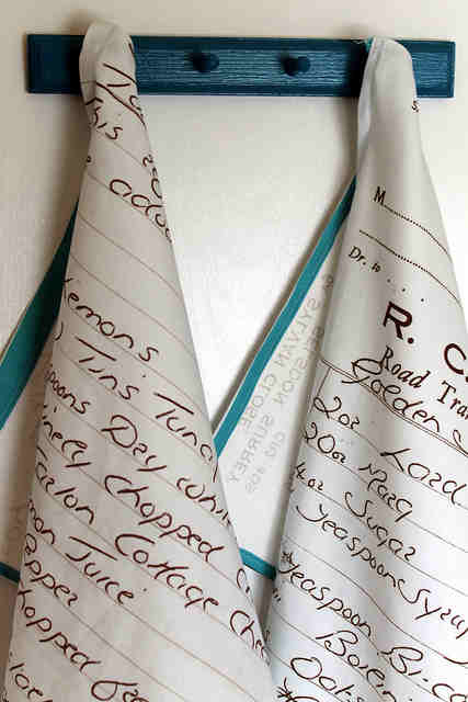 Recipe Towel + 49 More DIY Christmas Gift Ideas