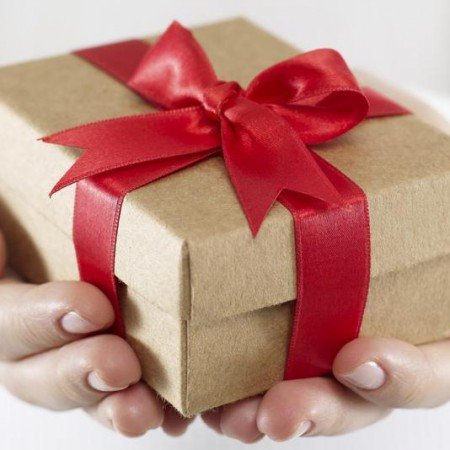 Moroccan Gift Giving Etiquette