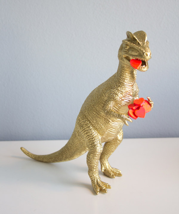 Valentines Dinosaur Statue