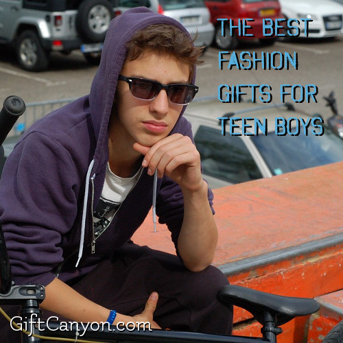 the-best-fashion-gifts-for-teen-boys
