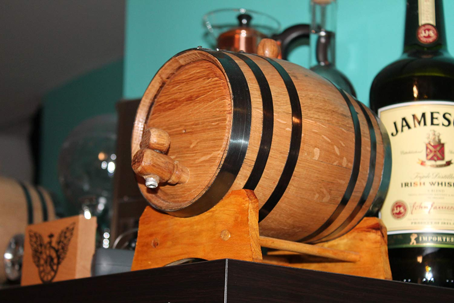 A wooden liquor dispenser for a 4th anniversary gift? Yes, please!